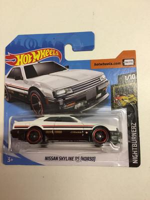 Hot wheels miniature-Nissan skyline RS (KDR30)