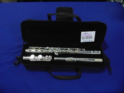 Flute J.Michael FL300S in Silver Plated Finish