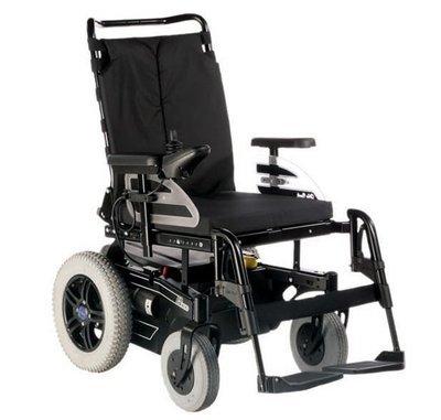 Инвалидная коляска с электроприводом B400,  грузоподъемность до 140 кг.