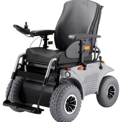 Инвалидная кресло-коляска с электроприводом  OPTIMUS, комплектация  STANDART