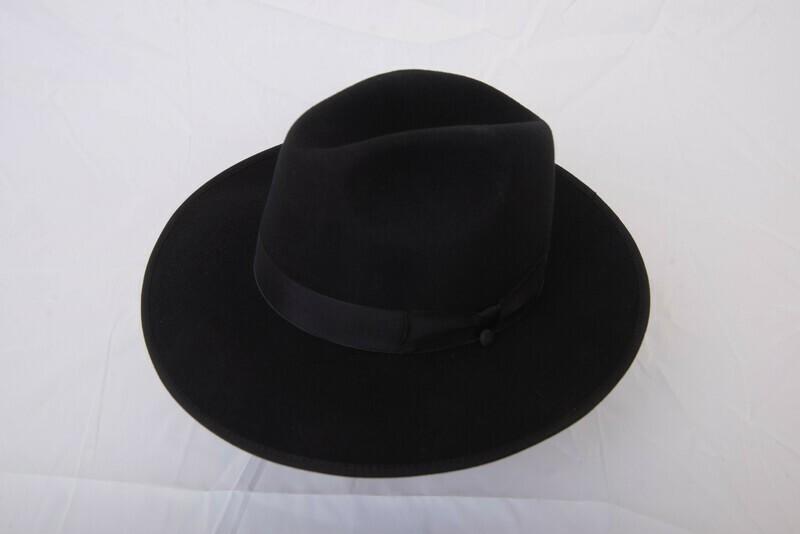 Black rimmed snap brim hat