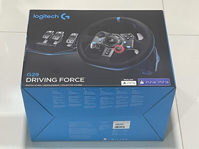 Logitech G29 Driving Force Racing Wheel and Floor Pedals, Real Force,