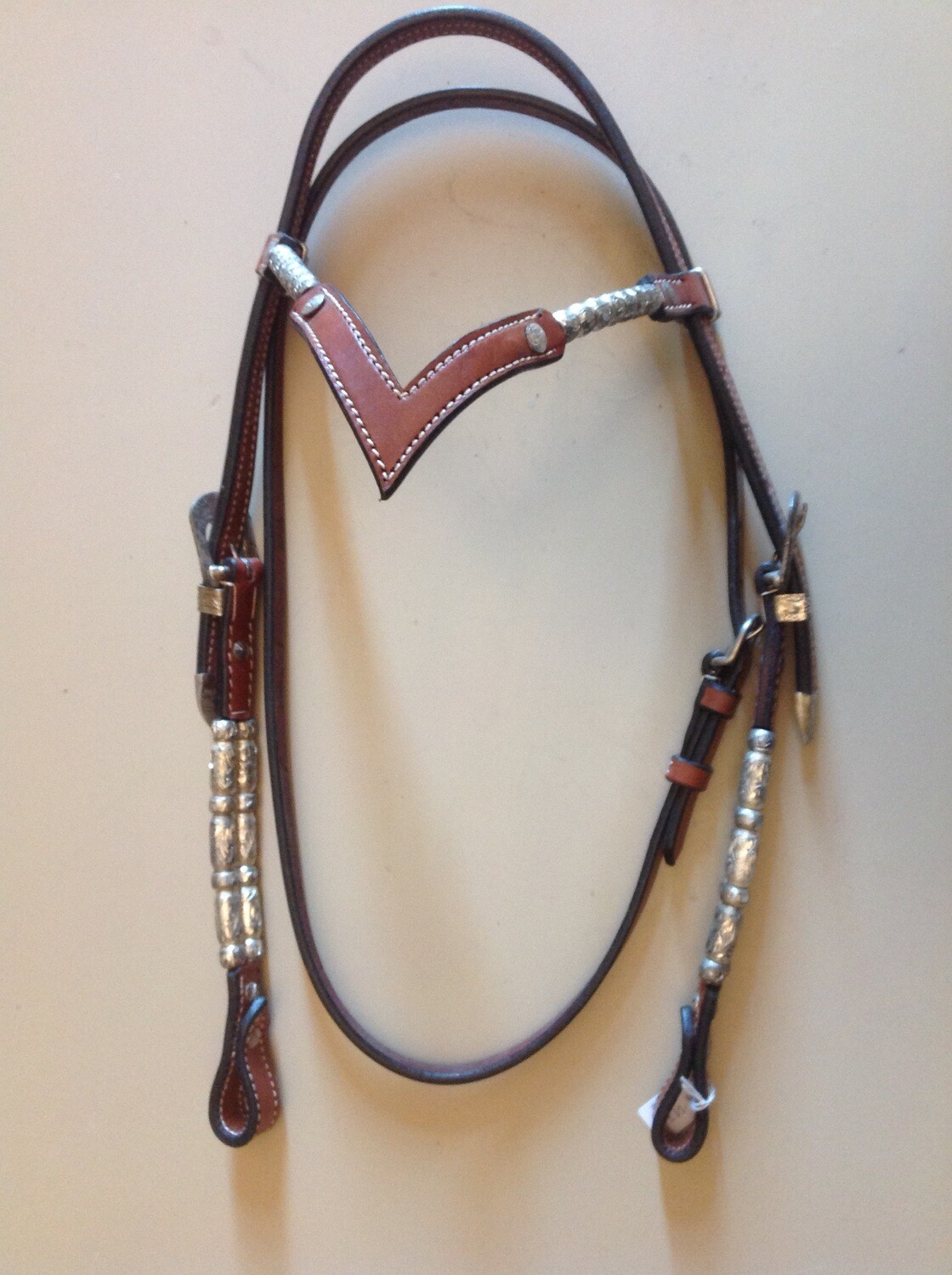 Showheadstall with V- browband with silver