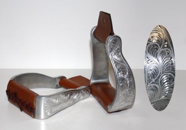 Stirrup Alu - engraved - Curved