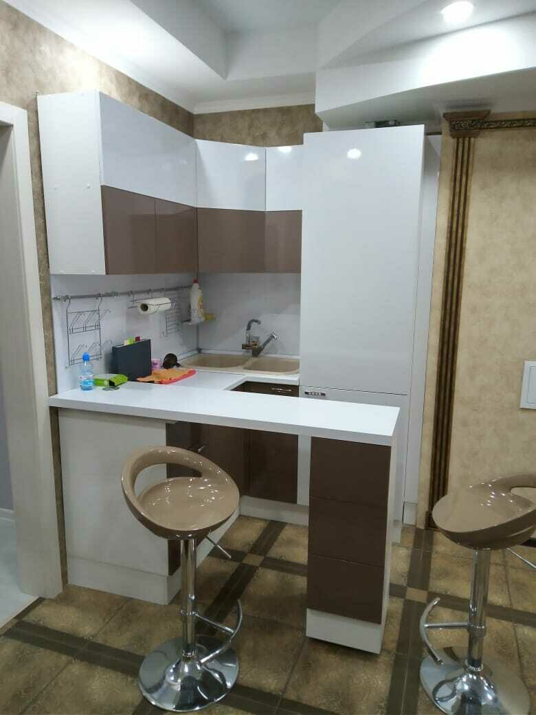 Кухонный гарнитур 10