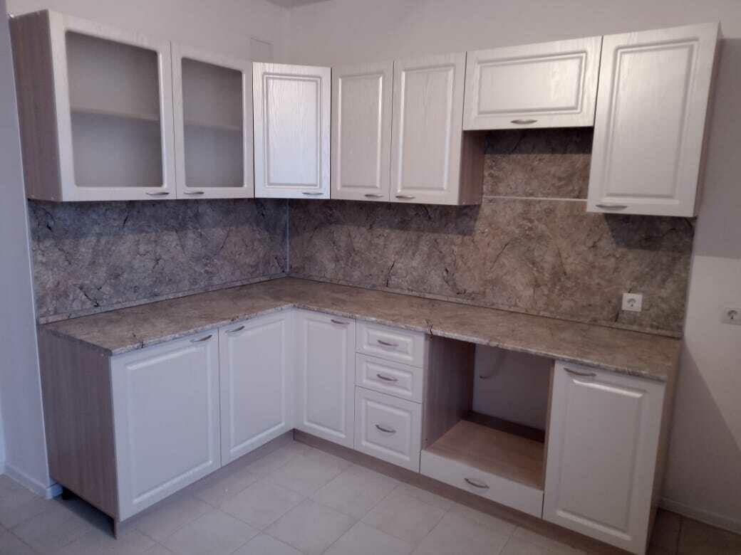 Кухонный гарнитур 35