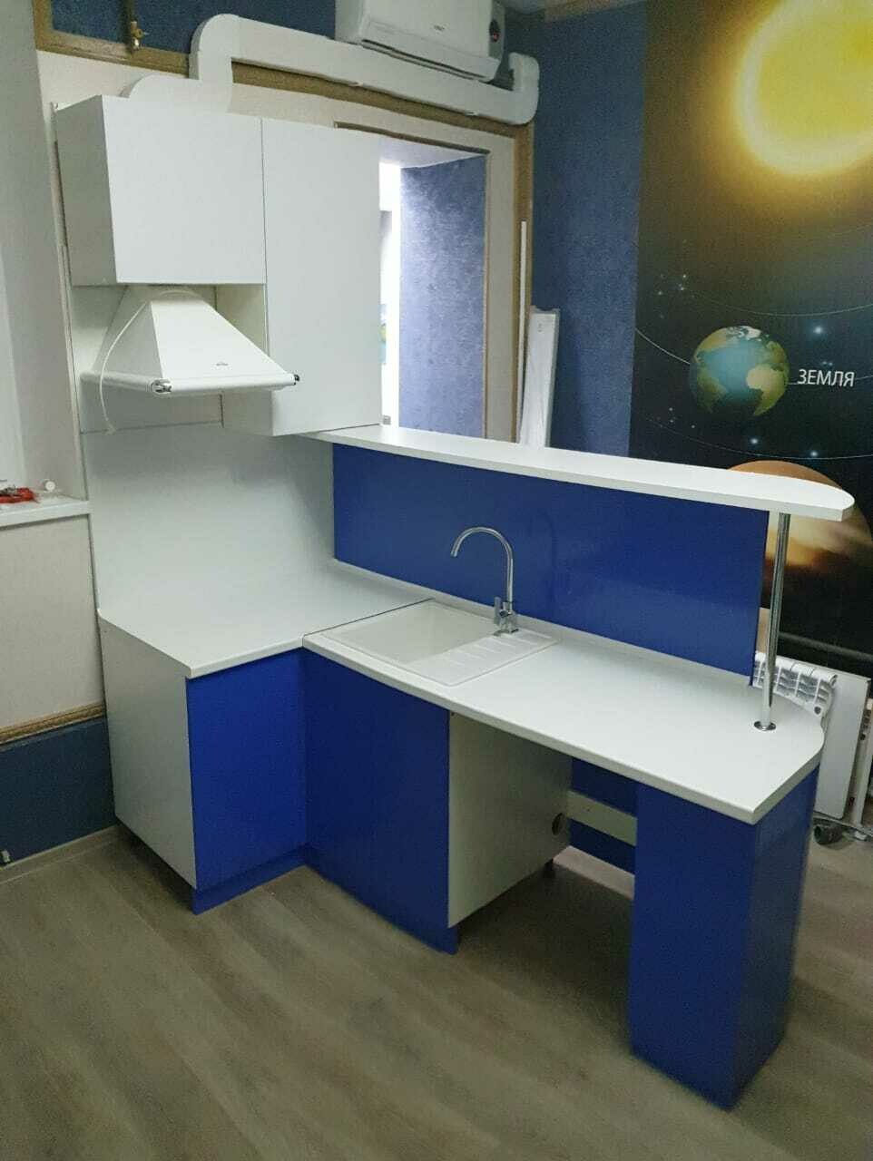 Кухонный гарнитур 70