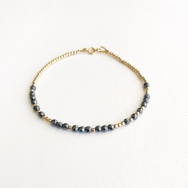 Love REEminder Bracelet - Hematite