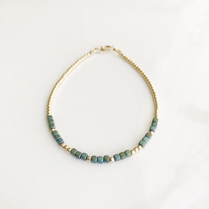 Mom REEminder Bracelet - Aqua Luster Hematite