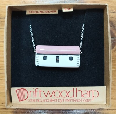 Ceramic bothy necklace - pink roof