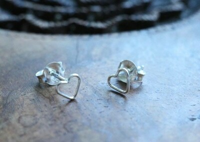 Silver outline heart earrings