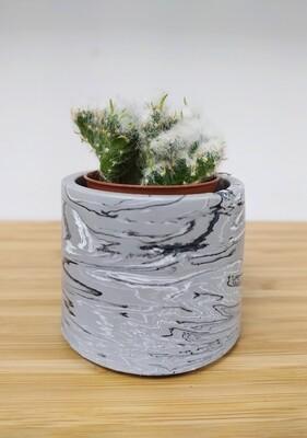 Small Jesmonite plant pot - perfect for cacti/succulents (greys)