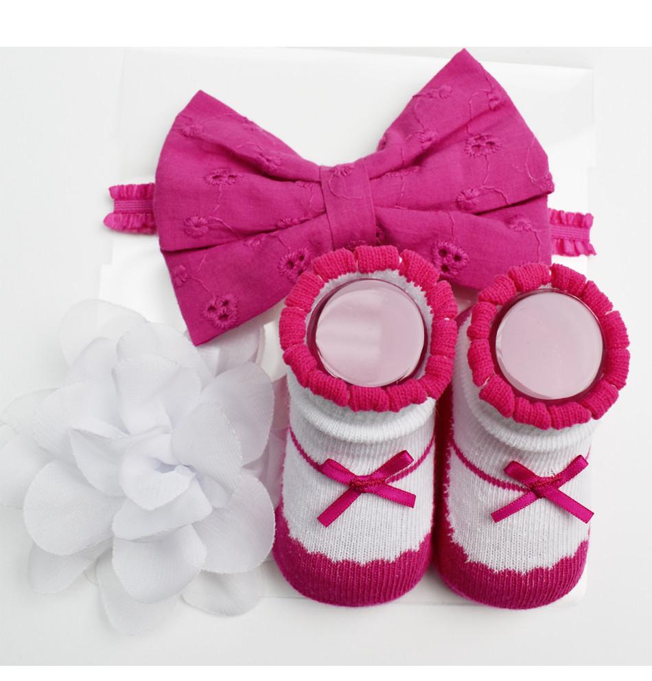 LITTLE ME - Set 3 pc. Cinta con moña, Clip de flor y botitas - Niña