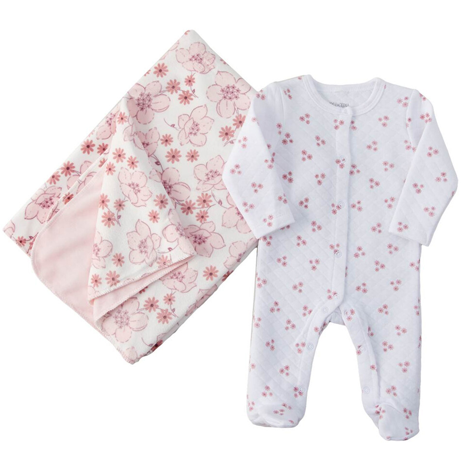 CONJUNTO KYLE & DEENA - 2 pz pijama enguatada y frazada floral rosado