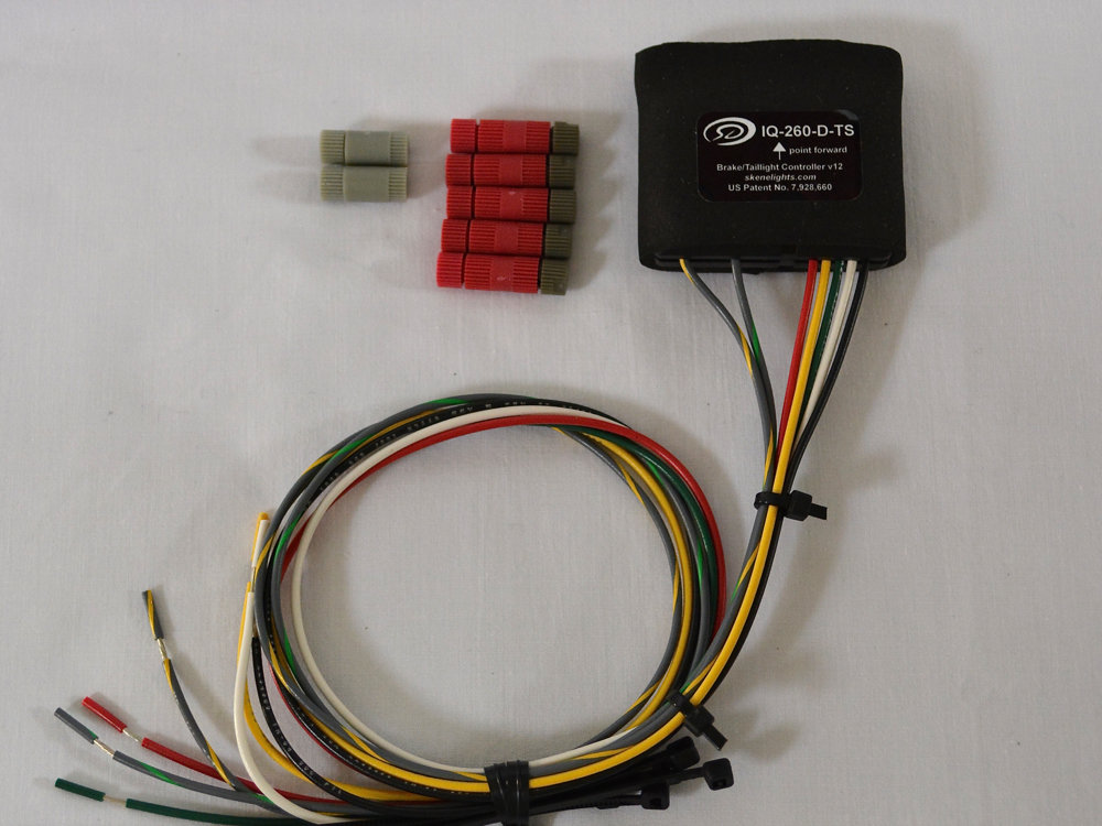 IQ-260-D-TS Rear Visibility Controller wth Decelerometer & Turn Signals