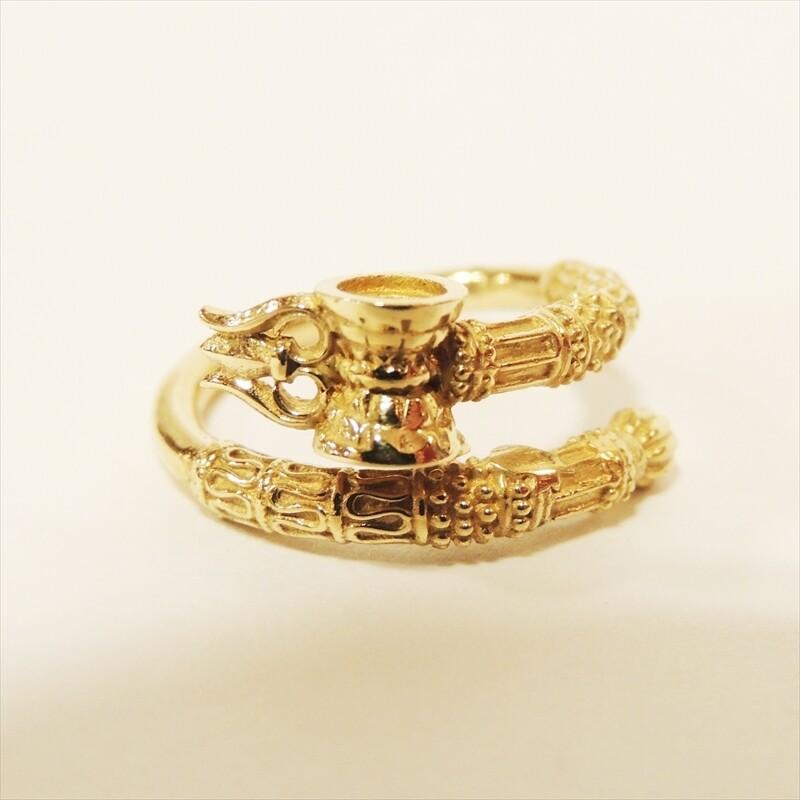 シヴァの武器 トリシューラ 太鼓(ダマル)の指輪 ゴールド