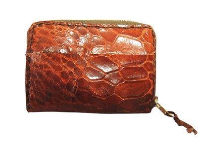 亀の革のコンパクトなお財布