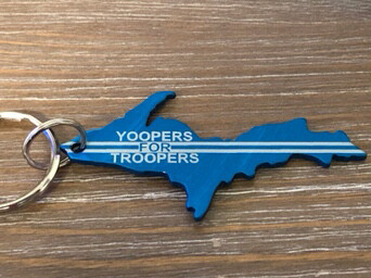 YOOPERS FOR TROOPERS KEYCHAIN