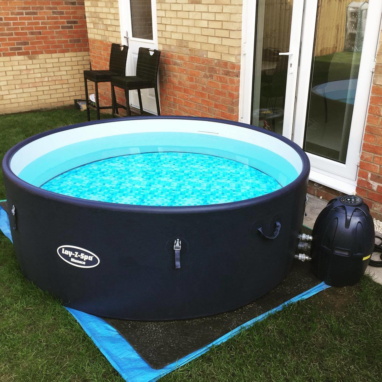 Lay-Z Spa Monaco Inflatable Hot Tub (7 Day Hire) (8 people)