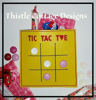Tic Tac Toe Candy Pouch