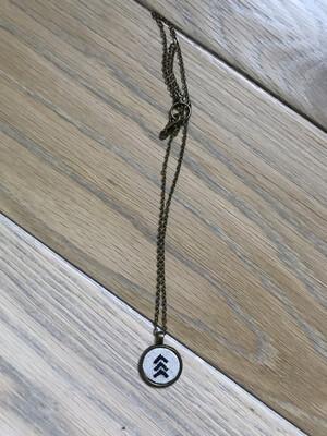 Stitched Arrows (black)