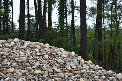 """Delaware Chalet River Rock  1"""" to 3"""" (Bulk) LIMITED & ROCK WILL VARY in COLOR"""