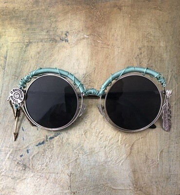 Women's Country Western Wire Wrapped Sunglasses