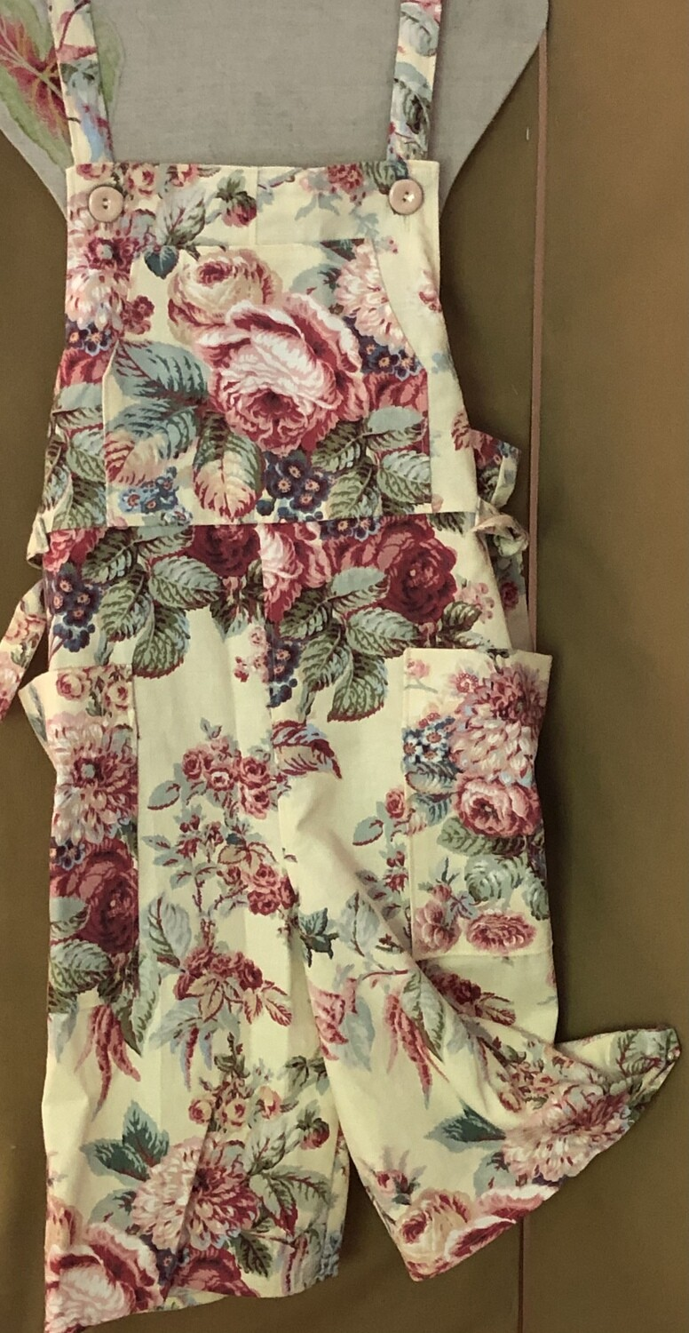 Women's Floral Print Cropped Dungarees