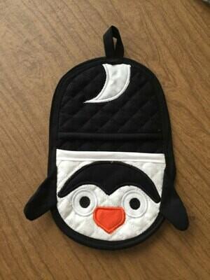 Penguin oven mitt machine embroidery in the hoop design