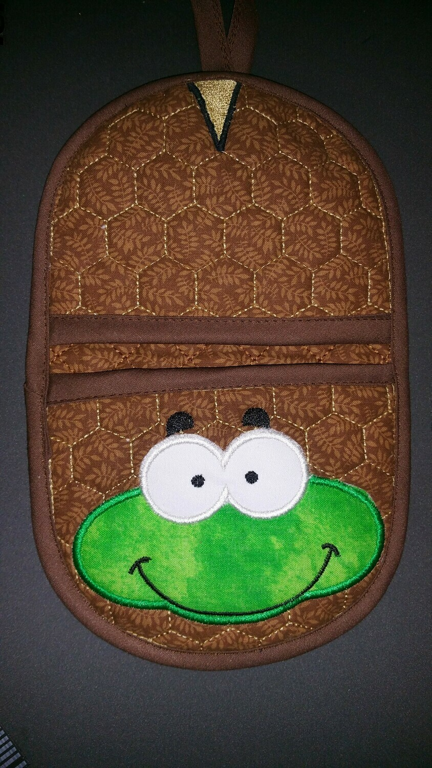 Turtle oven mitt machine embroidery in the hoop design