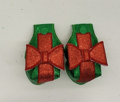 Chrustmas Toe guards in green metallic fabric with red glitter bows