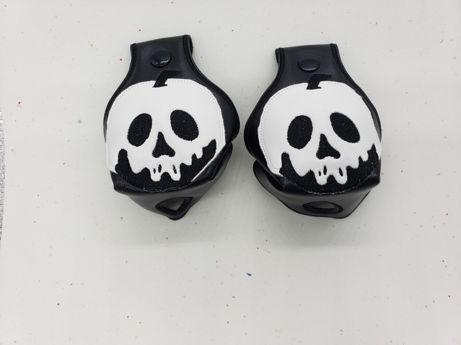 Poison apple black and white Toe guards rts