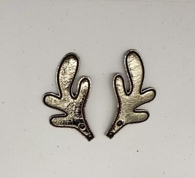 Reindeer antlers skate wings in gold metallic fabric rts