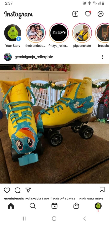 Rainbow dashToe guards  custom order for Aleena with wings