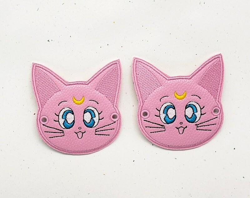 Luna and Artemis lace accessories