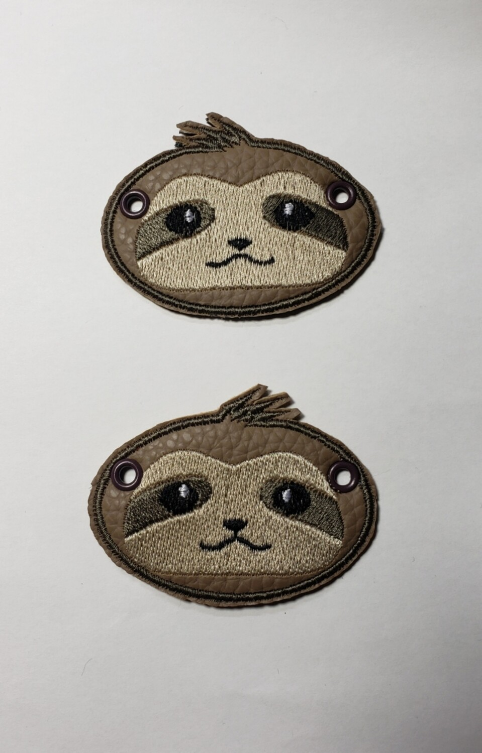 Sloth lace accessories