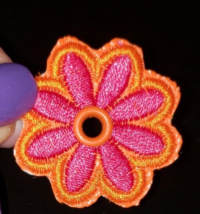 Flower lace charm x3 each