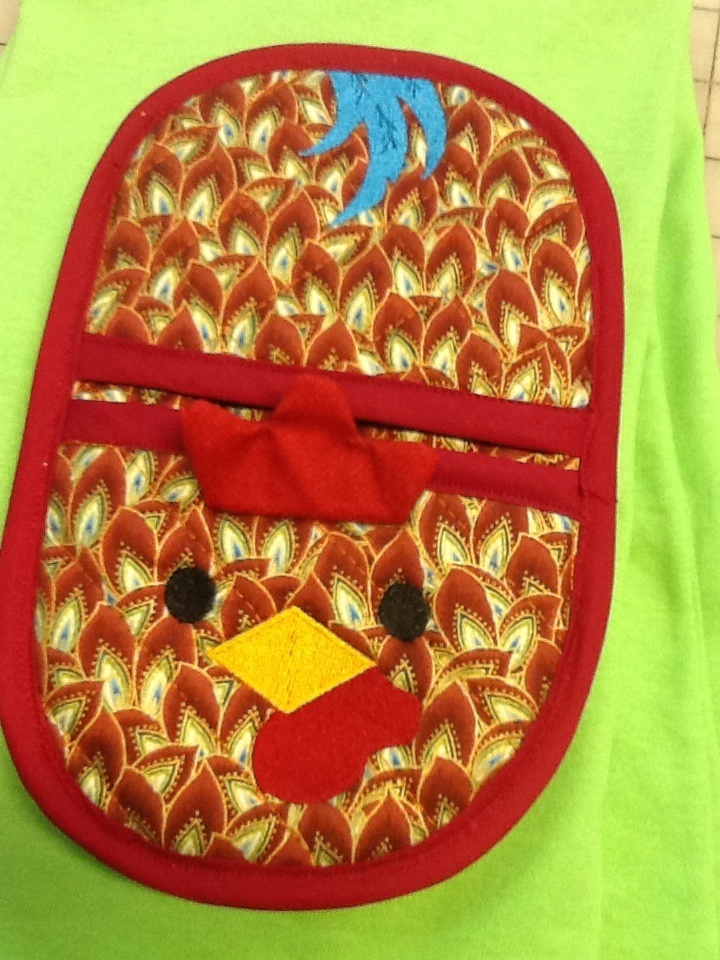 rooster oven mitt embroidery in the hoop