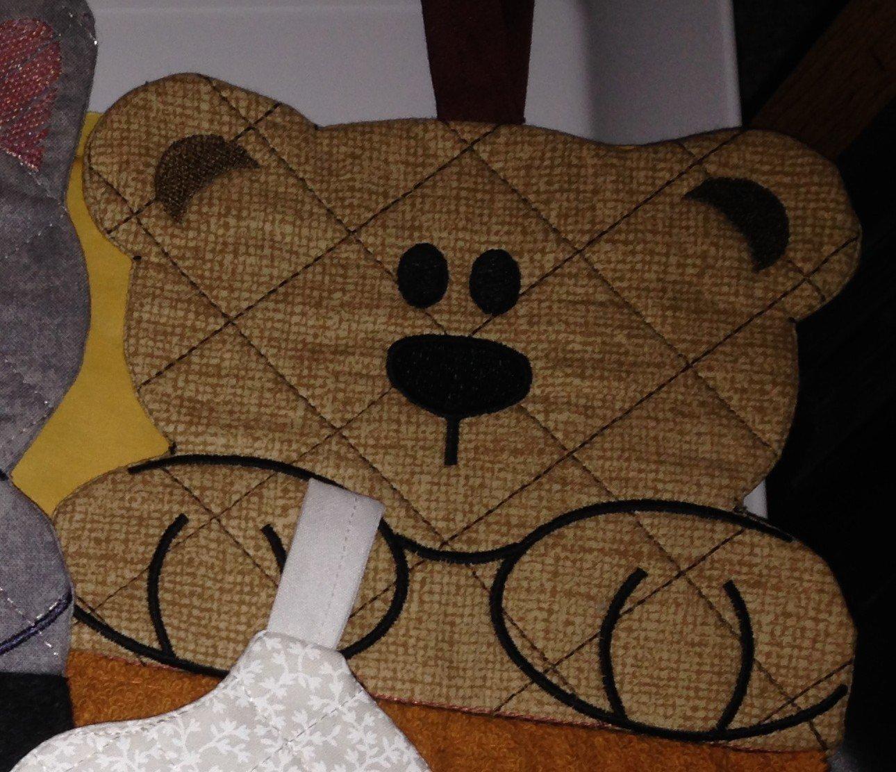 embroidery in the hoop Towel topper Teddy Bear