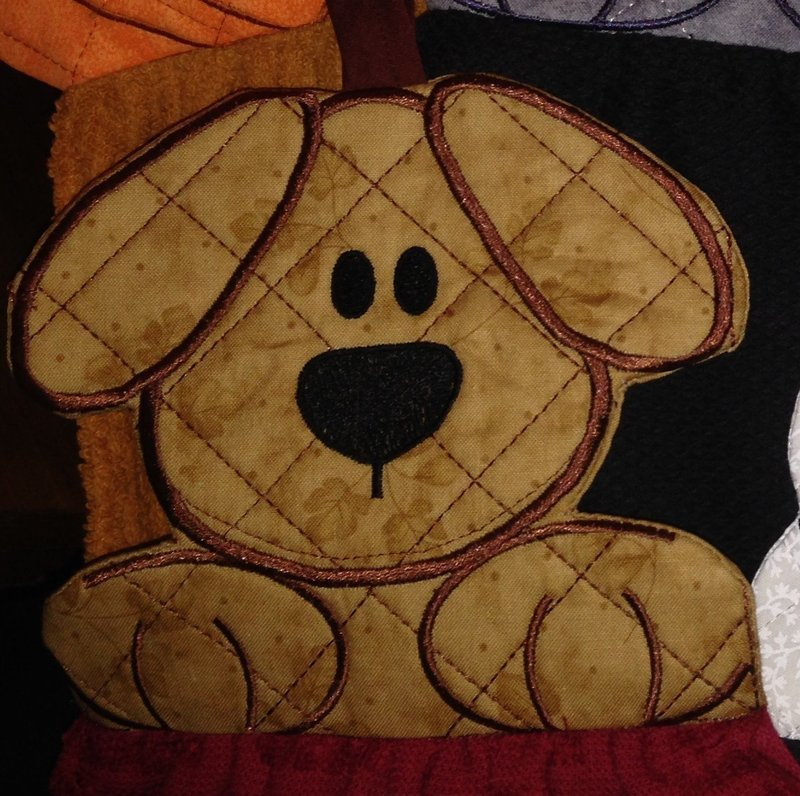 embroidery in the hoop Towel topper Doggie
