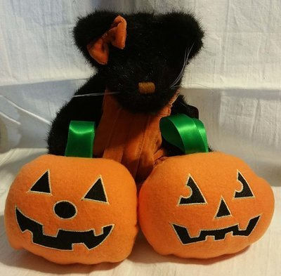 pumpkin stuffie in the hoop embroidery design