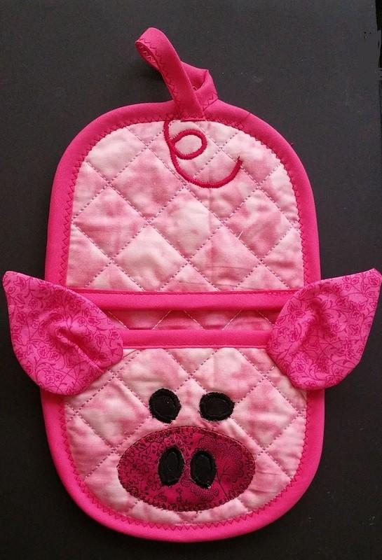 Pig piggy oven mitt sewing machine pattern and tutorial