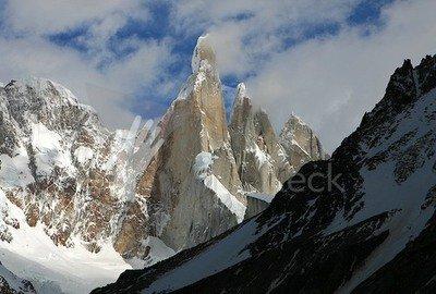 Cerro Torre von Osten