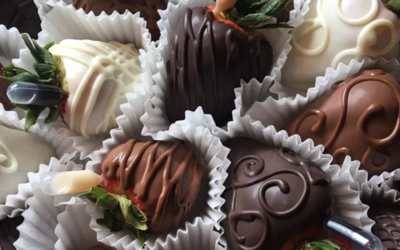 1 Dozen Chocolate Covered Strawberries **PICK UP ONLY**