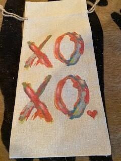 XOXO wine bag
