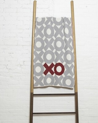 XO Throw blanket