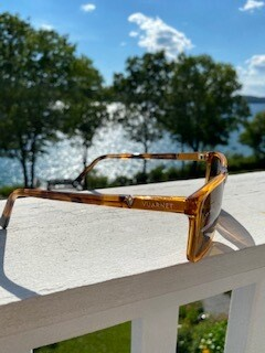 district 1619/yellow frame / brown lens