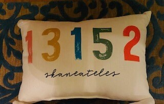 Colorful 13152 pillow