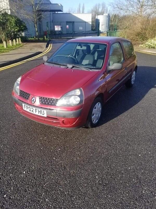 2002 Renault clio 1.2 petrol