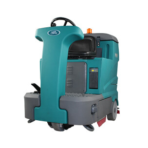 FD130 Ride On Scrubber Automatic - HIRE